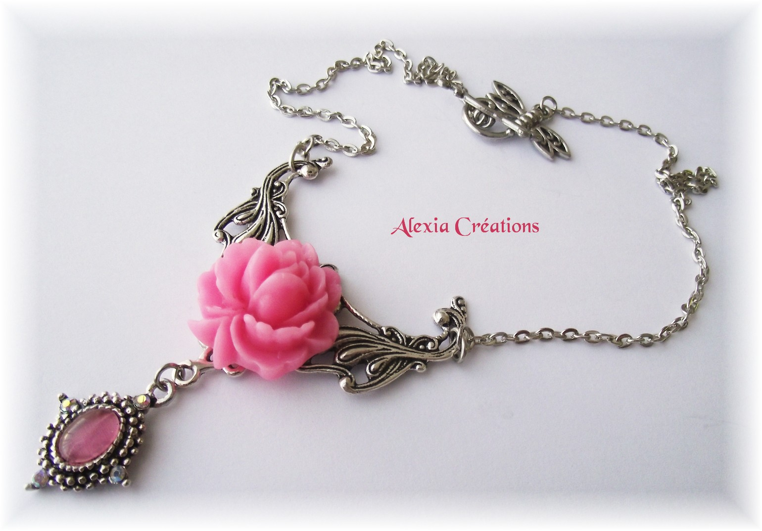 Collier 1900 rose