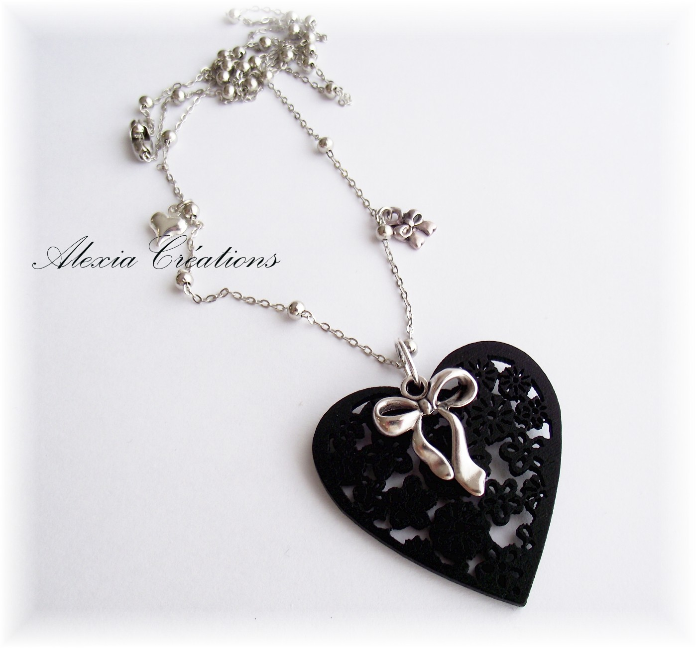 Collier Black heart
